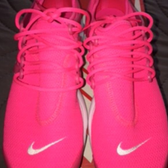 the best attitude cce00 1e35f Hot Women's Pink Nike Air Presto sneakers NWOT